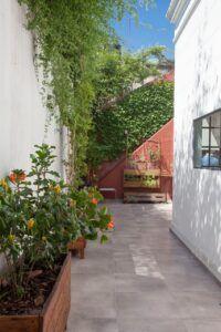 Renovación de galería y patio interno.